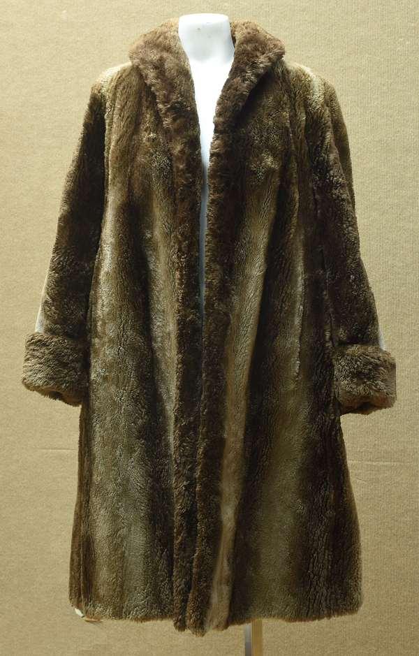 Fur coat (192)