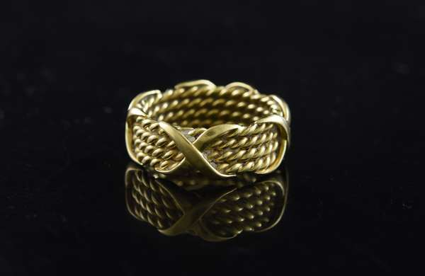 Ref 30: 18k yellow gold