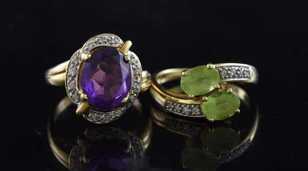 Ref 33: (2) 14k gold rings amethyst and diamond with peridot and diamond ring (5-104)