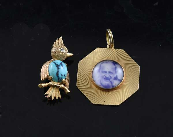 Ref 34: 14k gold octagonal pendant 11.9 grams with a 14k pin of a bird with turquoise, 6.3 grams (5-106)