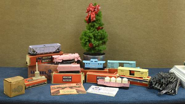 Lionel Girl's train set, 1957 - complete with original boxes