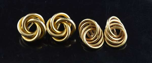 Ref 37: Two pair of 14k gold earrings, knot style, 20 grams (96-152)