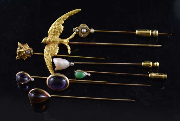Ref 39: Collection of eight stick pins mostly gold set with diamonds, amethyst and pearls, 21.5 grams (96-154)