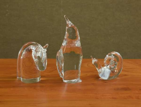 Three Steuben glass figures, horse 4