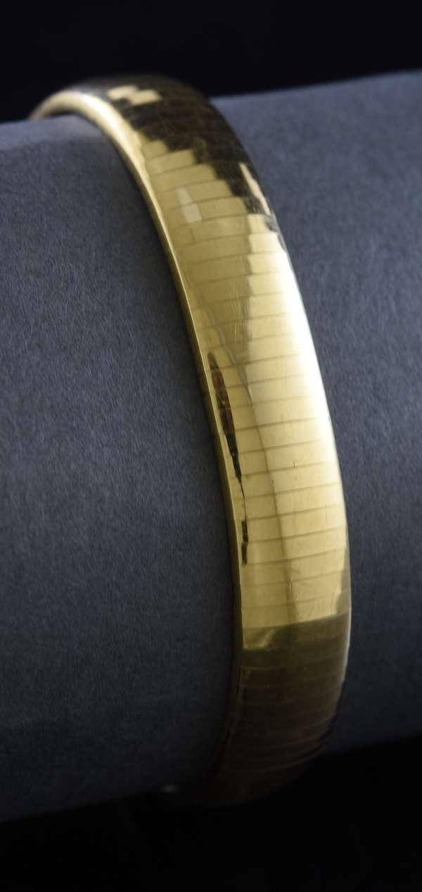 Ref 57: 14k yellow gold mesh style bracelet, 29.3 grams, 7