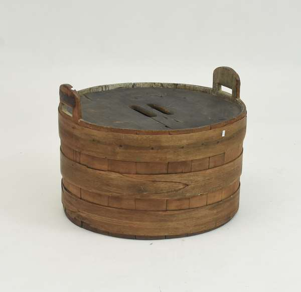 Lapped wooden tub with handles and lid, 25.5