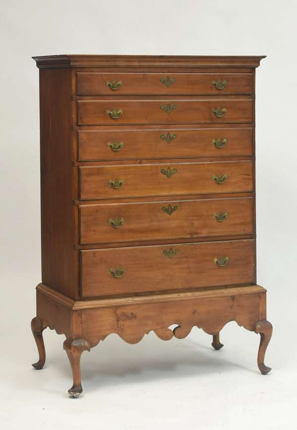 18th C. Queen Anne maple six drawer chest on bandy leg frame, 59