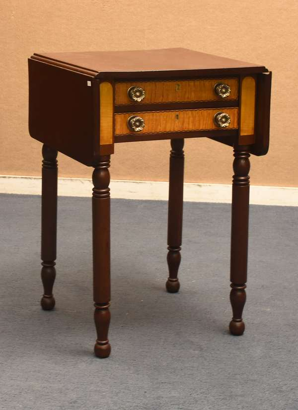 Very nice Sheraton two drawer American stand mahogany with tiger maple drawers, c. 1820, 29