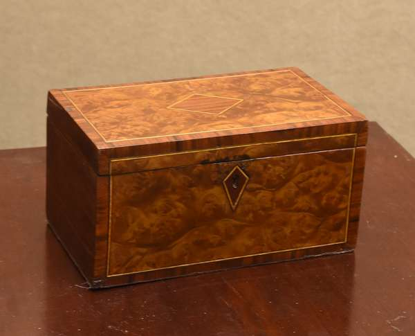 Early 19th C. burl walnut and rosewood inlaid tea caddy, 9