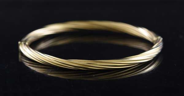 Ref 12 - 14k gold bracelet (96-13)
