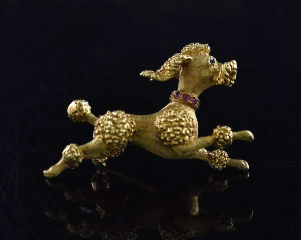 Ref 15 - 14k yellow gold poodle pin, 10 grams (96-16)