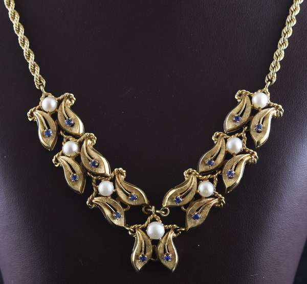 Ref 21 - 14k yellow gold statement necklace with seven 5.74 mm pearls and sapphires, 31.3 grams (96-22)