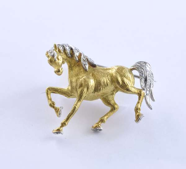 """18k yellow gold diamond horse pin, marked Italy, with approx. .18 ctw single cut diamonds, 1.25"""", 7.9 grams"""