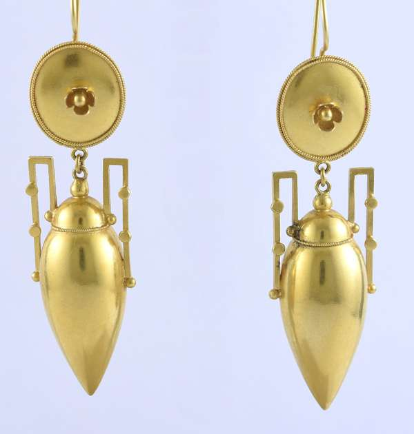 Tested 14k yellow gold urn dangle earrings, 2.25