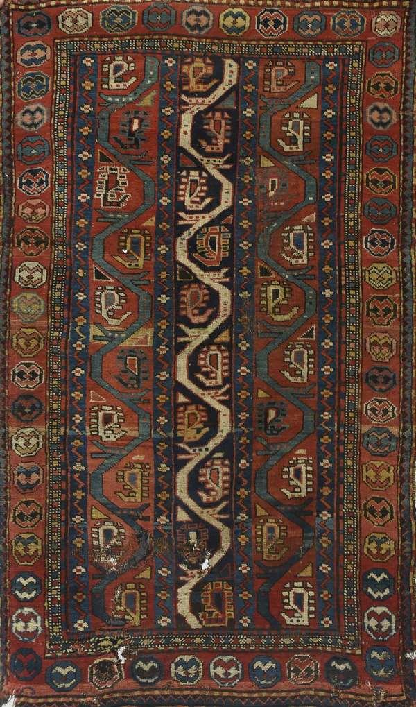 "Antique Oriental scatter rug, unusual design, 2'11"" x 5'8"""