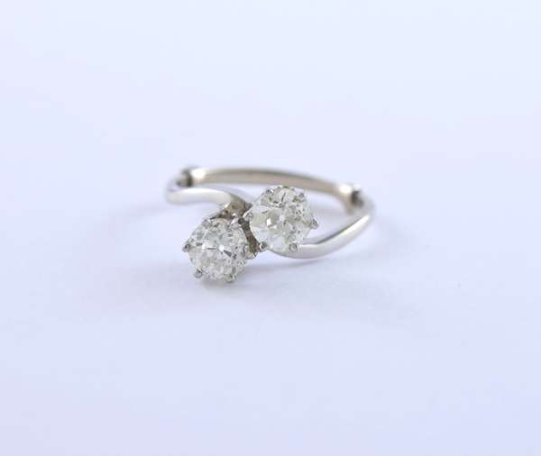 14k white gold twin diamond ring, approx. 1.5 ctw old European cut diamonds, approx. size 7, 2.9 grams