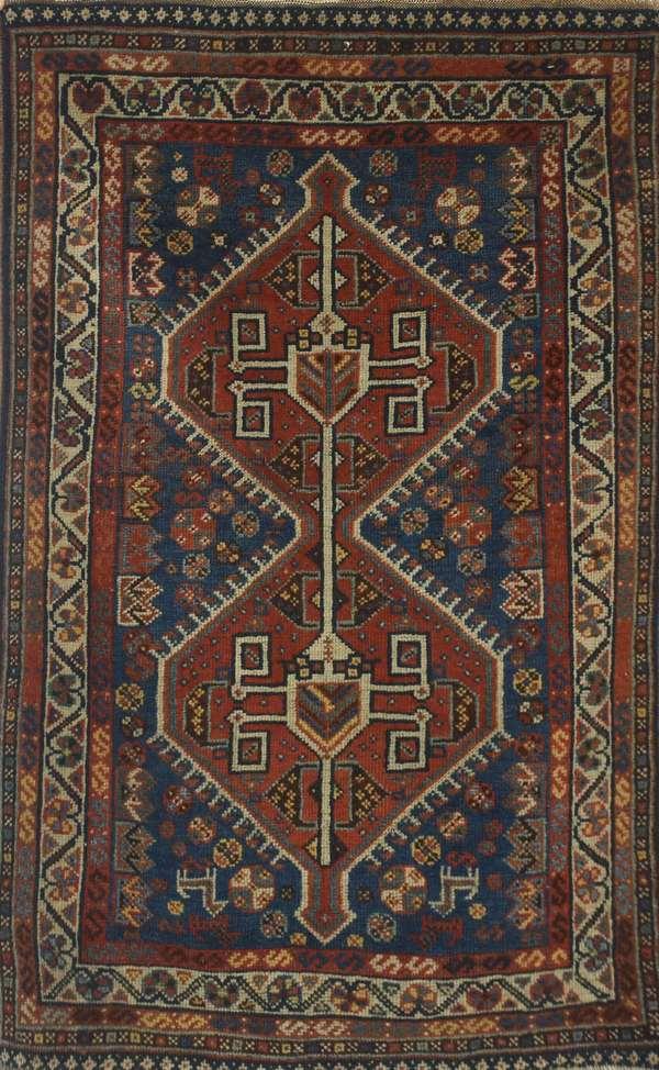 "Antique Oriental scatter rug, 2'11"" x 4'6"""