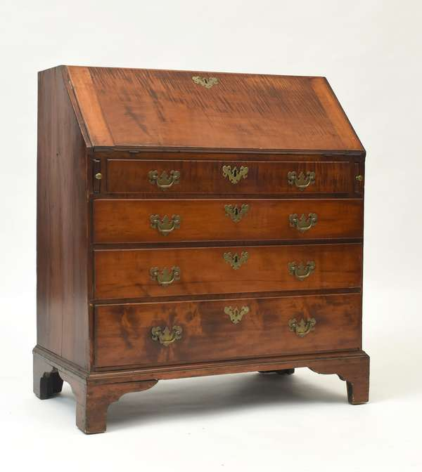Diminutive Chippendale curly maple Rhode Island slant lid desk,ca.1780, 34.5