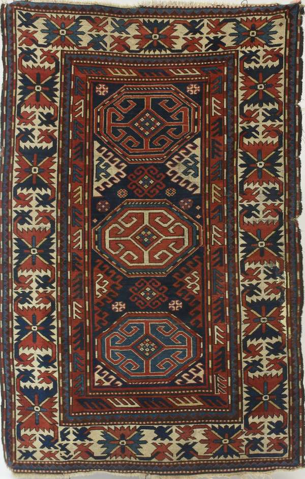 "Antique Oriental hall rug, 4'9"" x 6'3"""