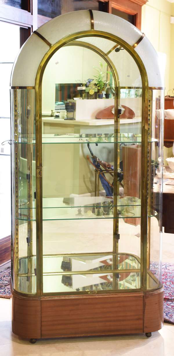 """Fine French art Deco bronze and glass vitrine, domed top with textured opaque glass, mirrored back, glass shelves, lighted, ca.1925, 76.5""""H. x 35.5""""W. x 15.5""""D., brass tag """"Delarue-Picard"""" 1885 Paris."""