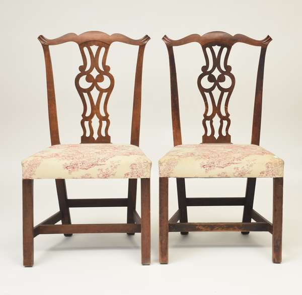 "Set of six country Chippendale Connecticut River Valley chairs, cherry, seat height 18"", overall 38.5"" ca. 1780-1800"