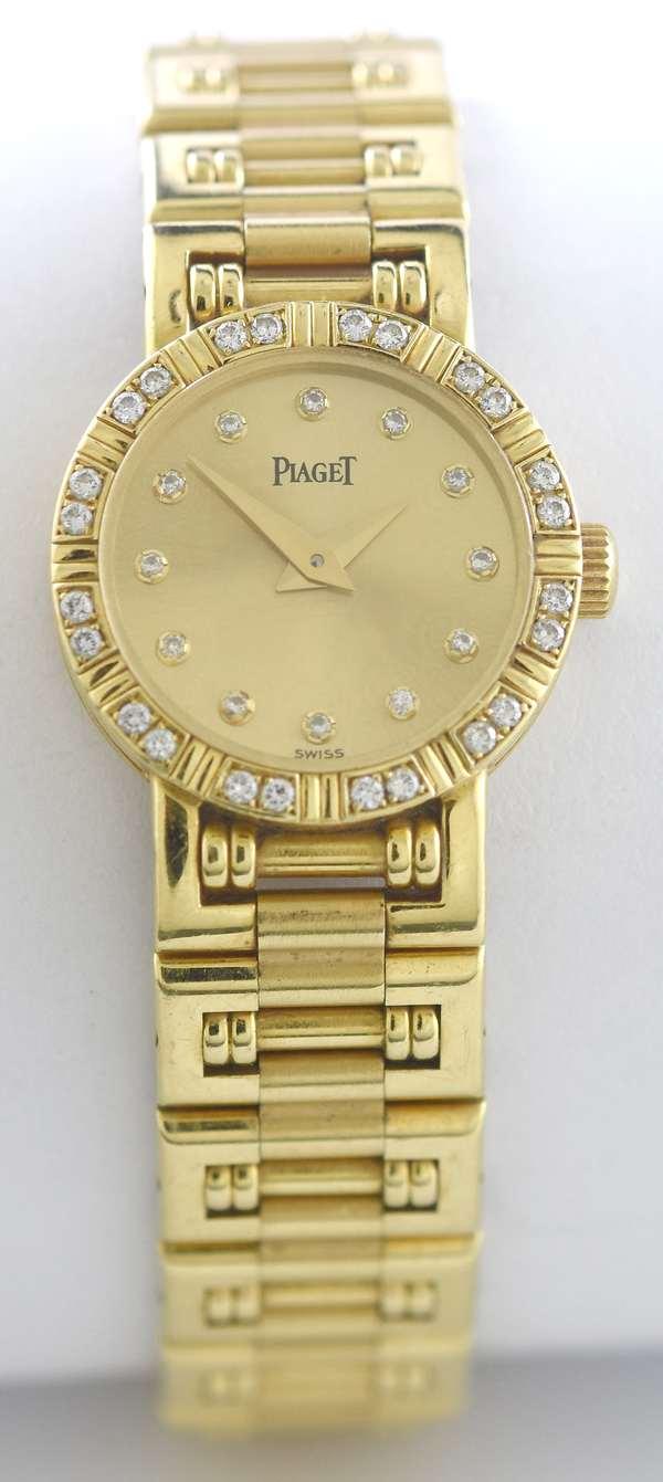18k Piaget ladies wrist watch,