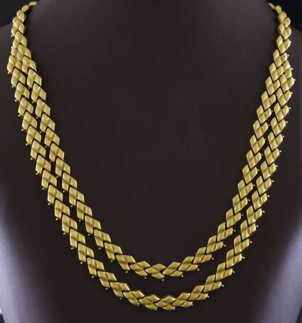 """18kt yellow gold double """"diamond"""" link necklace, each strand is 7 mm wide, 16.5"""", 46.1 grams"""
