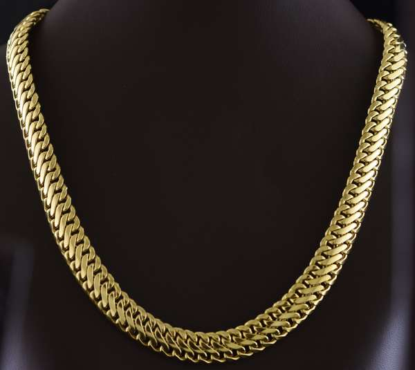 14kt yellow gold 11 mm wide choker necklace, 16 3/4