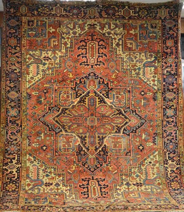 Persian rug, 9'2