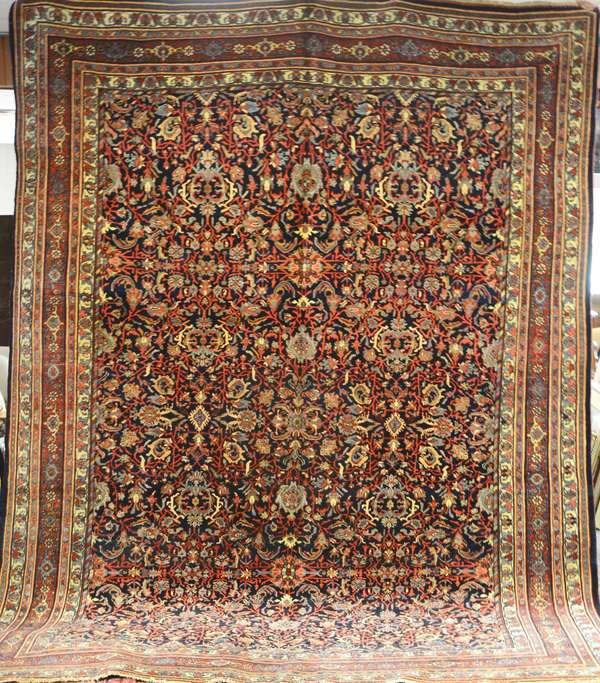 Persian rug, 8' x 12'   (Ref 158)