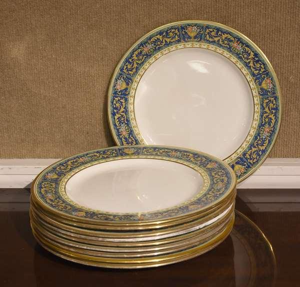 "Set of ten Pareek Johnson Bros English dinner plates, 10.5""Dia."