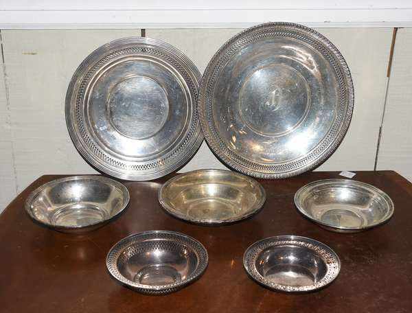 """Group of sterling silver plates and dishes, Gorham and others, 7 pieces, approx 22 toz, 5"""" - 10"""" Dia."""