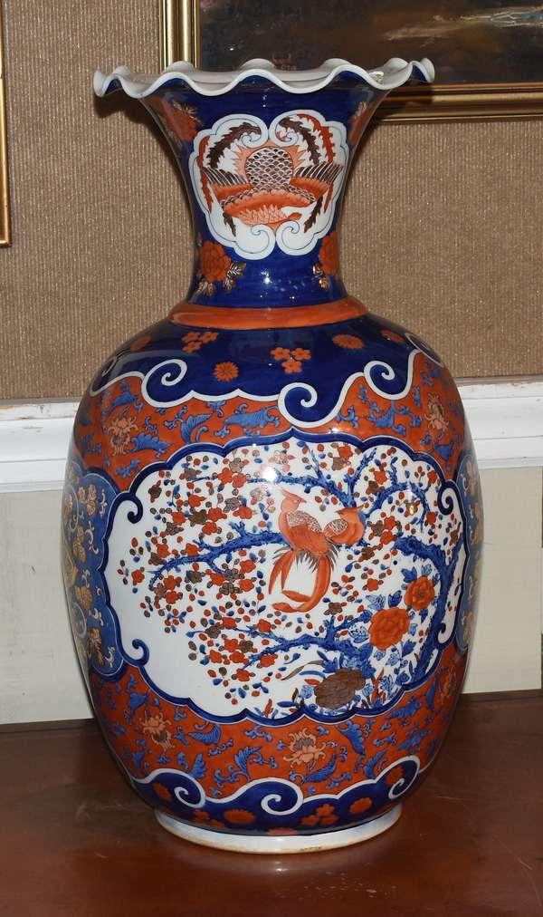 "Large Imari porcelain vase with scalloped rim, 25""H."