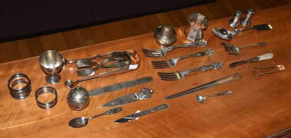 Lot of sterling silver tableware and odd flatware, approx. 21 T. oz (44-376)
