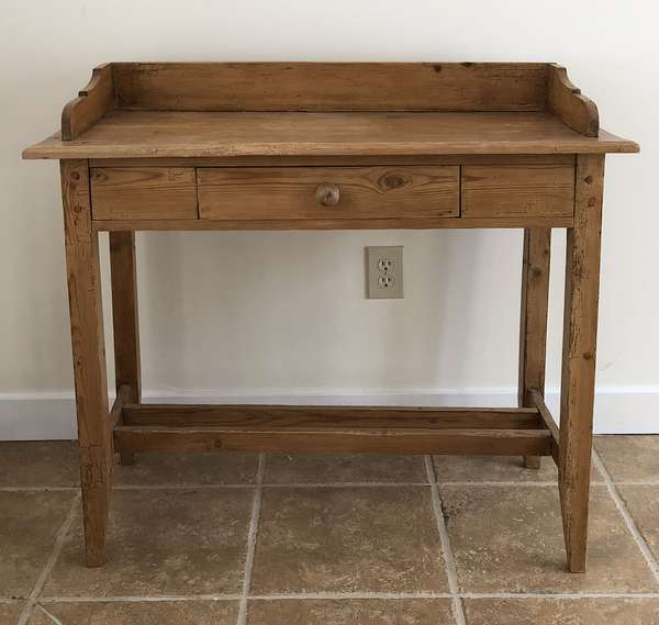 Pine one drawer table with gallery, 36