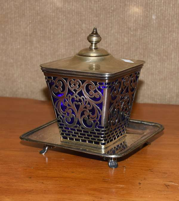 Silver condiment or sugar with cobalt blue insert, approx. 11.5 T. oz weighable (44-383)