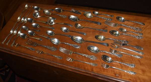 Misc lot of sterling silver flatware, approx. 26 T. oz (360-796)