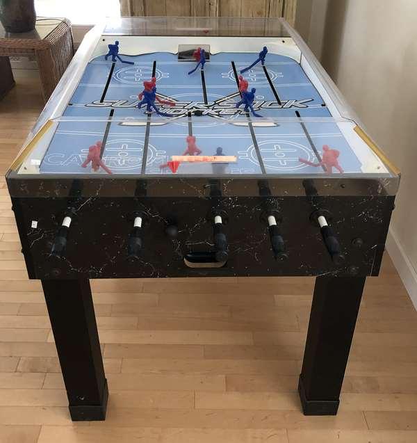 Hockey game table, 34