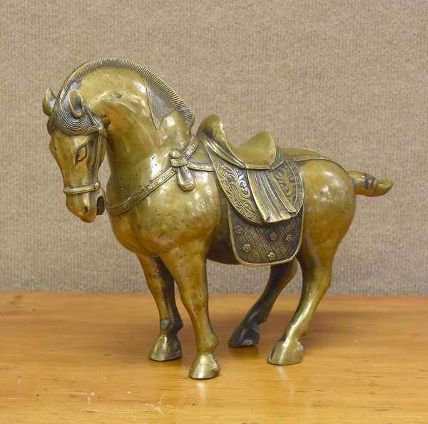 Brass/bronze Chinese horse sculpture, 14