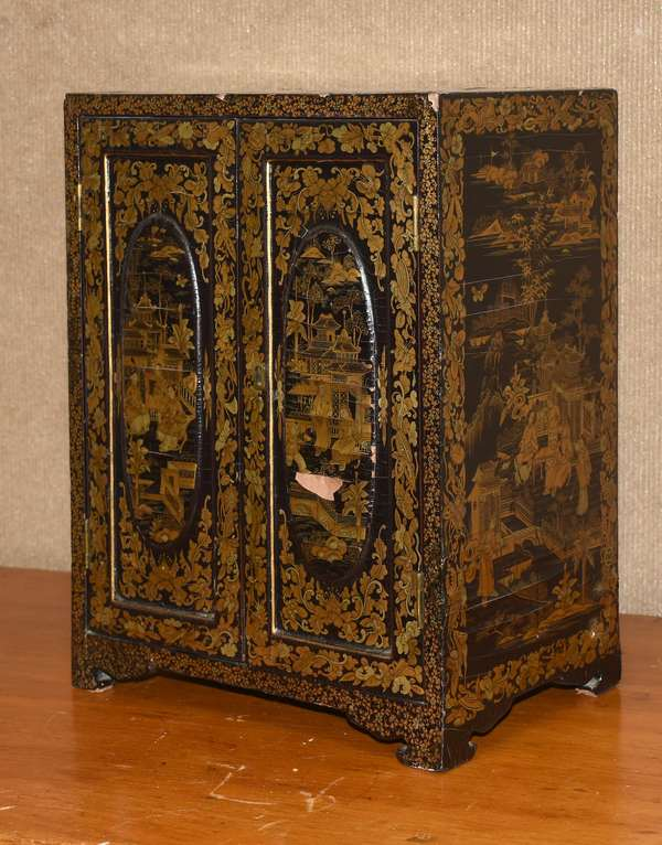 """19th C Japanese laquered jewelry cabinet, 14""""H. x 11"""" x 7""""D. (895-3)"""