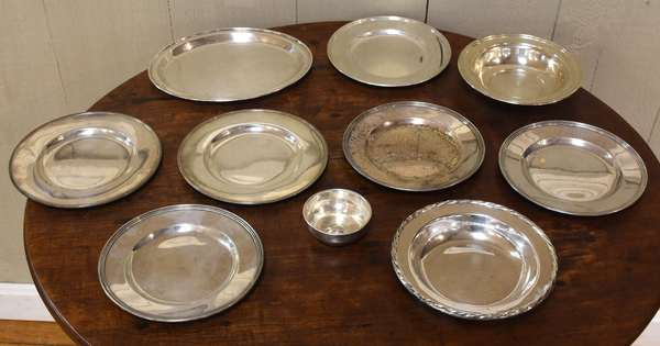 10 piece sterling lot, plates, approx 30 Toz (77-197)