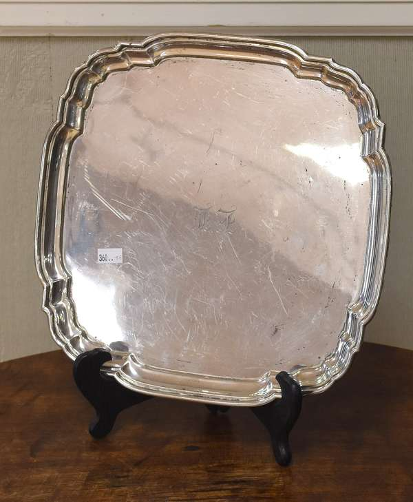 "Sterling tray with shaped corners, 10.5"" x 10.5"", approx. 18.2 Toz (605-300)"