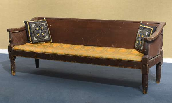Early country sofa, red paint (461-158)