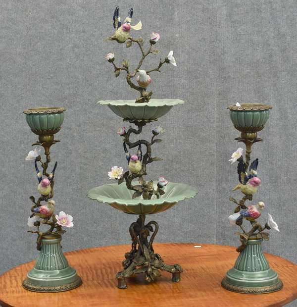 Art Deco center piece with pair of candle holders (885-5)