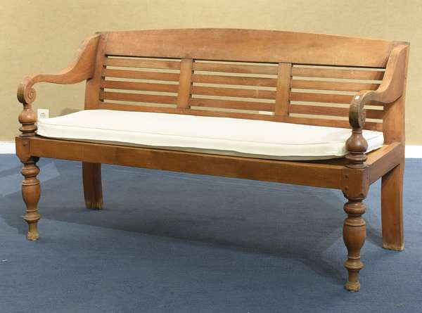 Antique Teak Anglo Indian style settee (461-168)