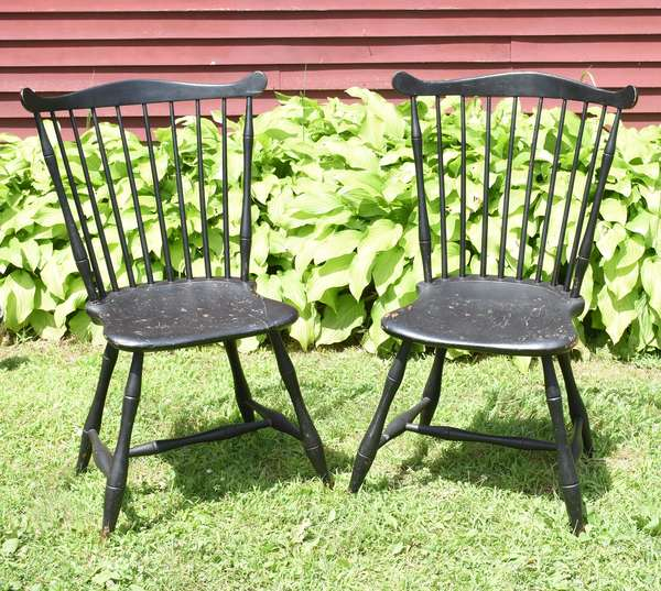 """Good pair of early 19th C. Windsor fan back chairs in black paint, seat height 17"""", back 36""""H."""
