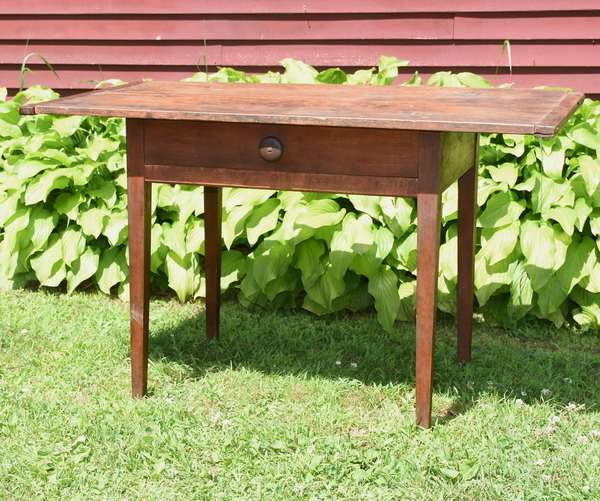 """Good NH country Hepplewhite tavern table dovetailed drawer with two board top and breadboard ends, old color 28""""H. x 46""""L. x 26""""D."""