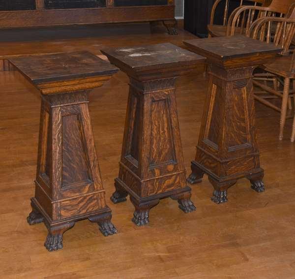 Several oak pedestals (105-72)