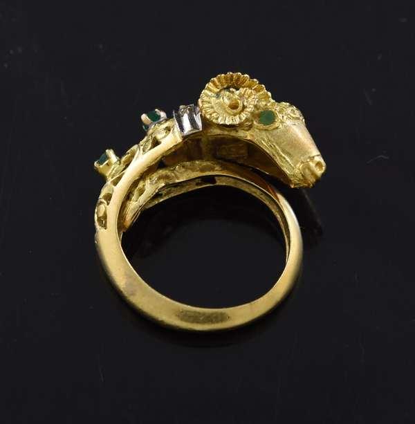 Jewelry - Ram design emerald and diamond ring, approx. 8.1 grams (360-804)