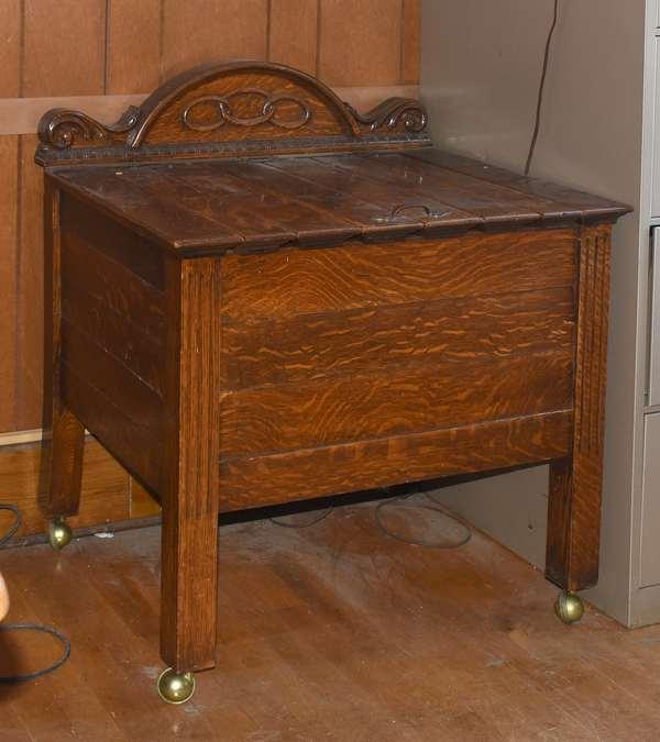 Odd Fellows oak lift top chest (105-82)